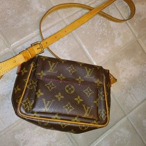 Louis Vuitton~ Crossbody~